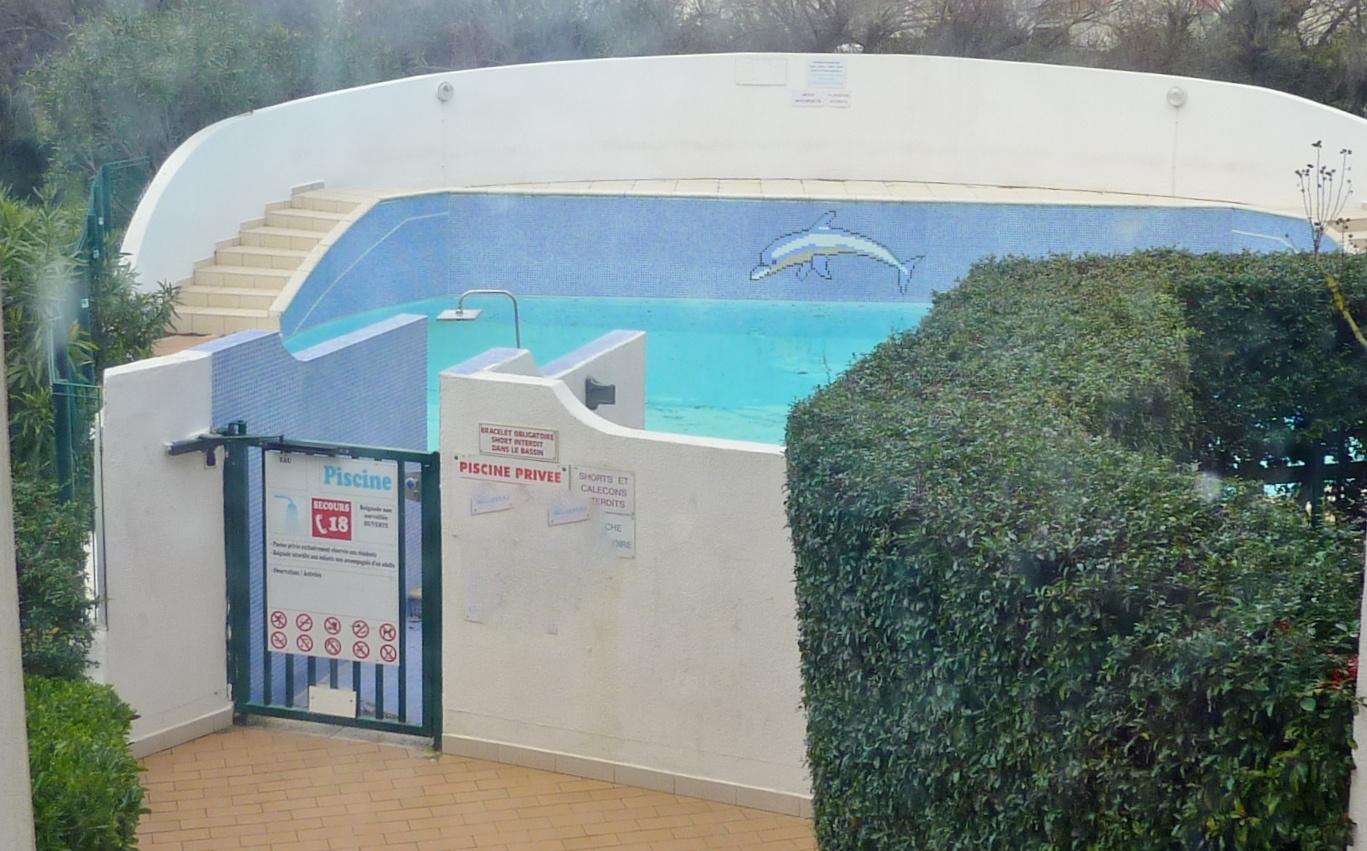 Vente la grande motte couchant vente studio cabine avec for Camping la grande motte avec piscine